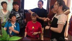 应市残联邀请 潘强医生为近百位聋哑人康复义诊 讲座无声胜有声
